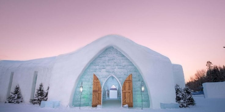 Hôtel de Glace, Entrance - Image courtesy of Village Vacances Valcartier
